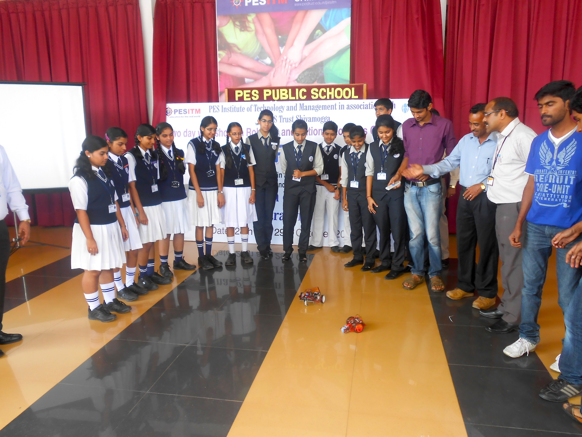"""RoboTryst Workshop and Inauguration of """"Yantrarora"""" – PES"""