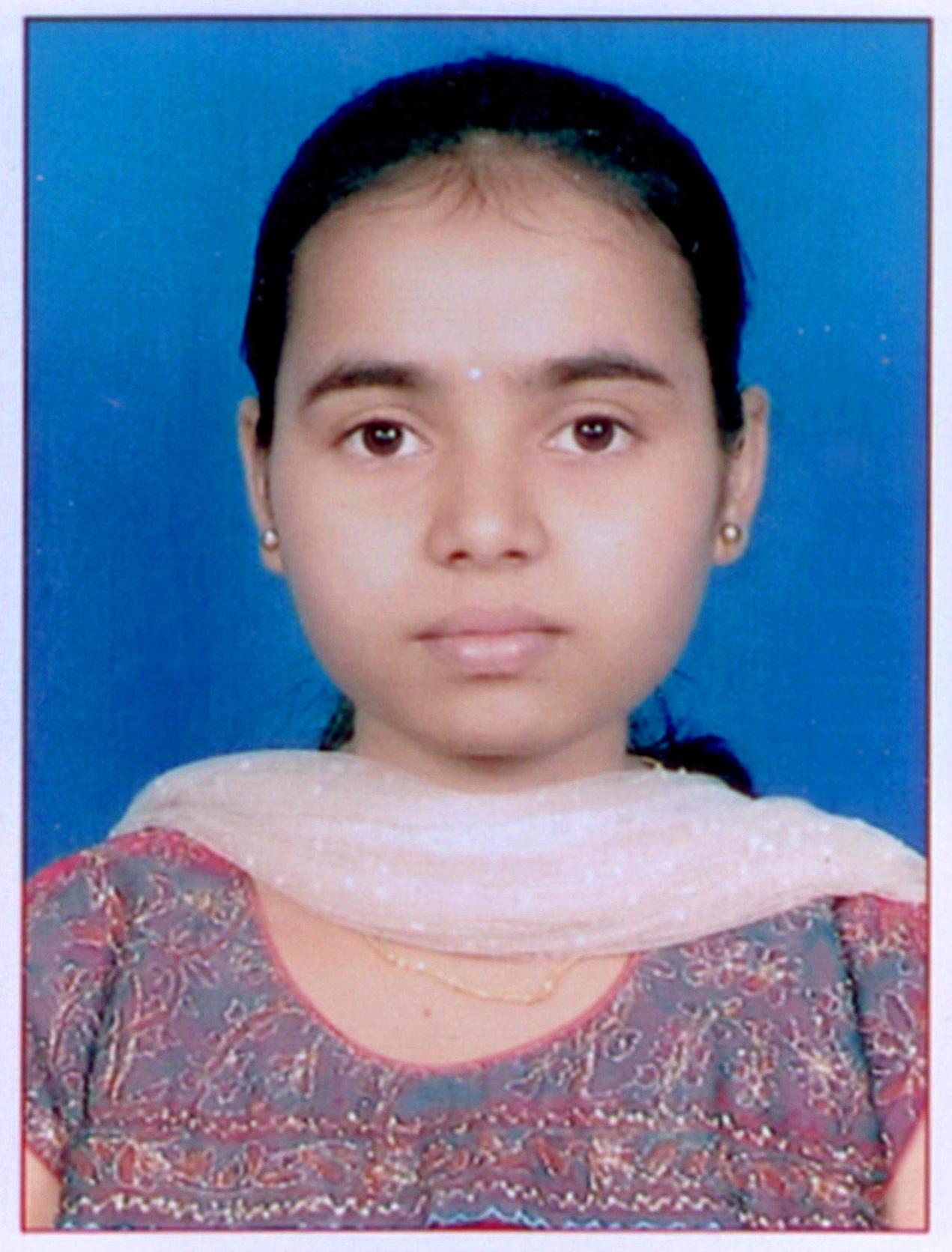 Shruthi PESITM 10 Rank