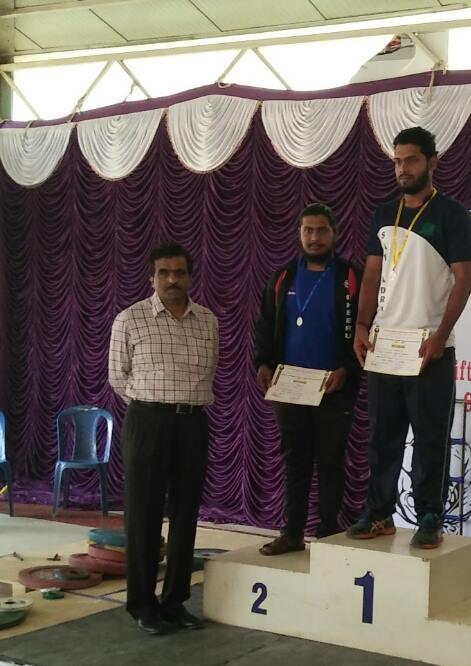 Dheeraj secures medal in VTU Weightlifting & Wrestling competition