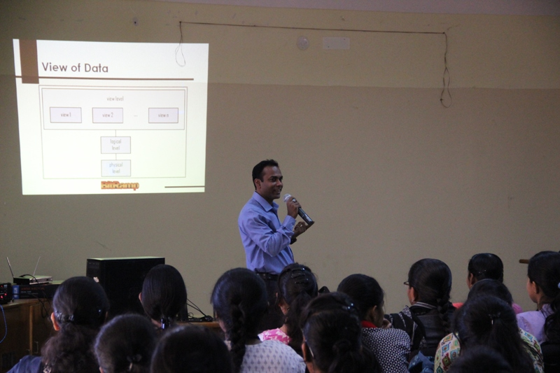 Workshop on Rapid SQL writing and DBMS current trends